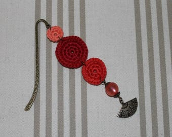 Bookmarks cotton red and salmon, bronze metal