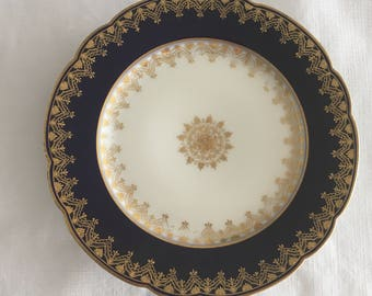 "Harvard Briggs Co, Fabrique en France, porcelain navy, gold, and white dessert plates, set of six 7 1/8"""