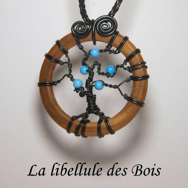 Collier arbre de vie en bois d 39 olivier et - Arbre a collier ...