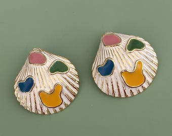 Vintage Sea Shell clip on  earrings .