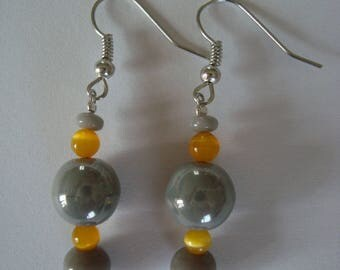 Earrings, grey and yellow