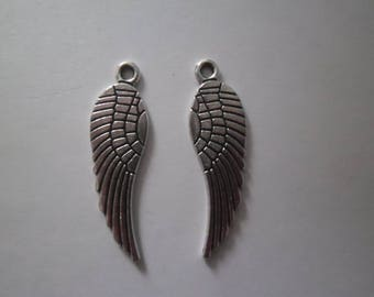 x 4 Angel Wings charm pendants silver 30 x 10 mm.