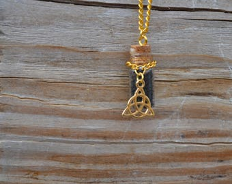 Gold Triquetra with Hawaiian Black Lava Salt