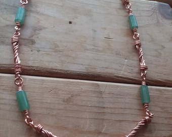 Twisted Copper Wire Link and Green Aventurine Chain Necklace
