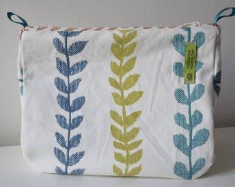 FOLIAGE coated canvas toiletry bag