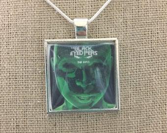 Black eyed peas album cover photo pendant necklace/keychain.black eyed peas-the E.N.D. Album pendant.