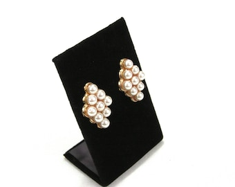 Funky Grape Cluster Faux Pearl Earrings
