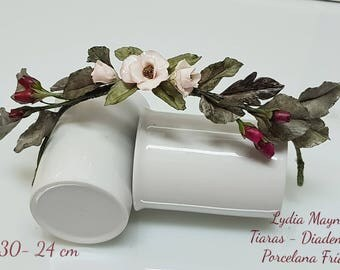 Tiara-030 - 24cm