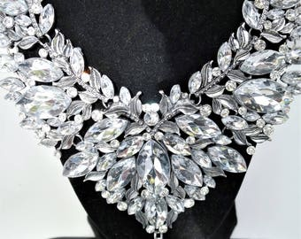 Costume jewelry etsy clear crystal necklace and earring set costume jewelry mozeypictures Images