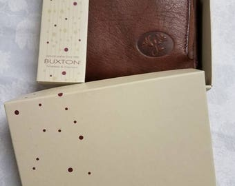 Vintage Buxton Brown Leather Zip Up Wallet with Box