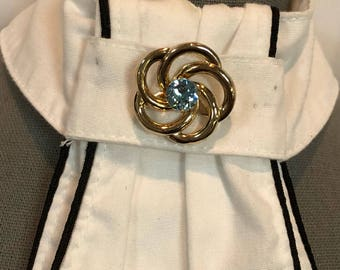 Dressage stock tie pin