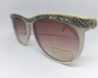 Missoni - Vintage Sunglasses. Made in Italy.