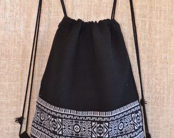 Bohemian drawstring backpack (tribal black & white)