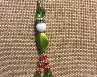 Pendant Necklace-Christmas-Elf-Beaded-Silver Stretchy Chord