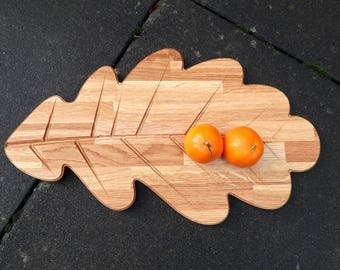 Oak leaf tray