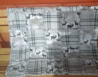 Wildlife flannel Plaid Raggy Throw