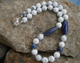 Turquoise chain with Lapis #522