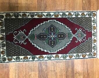 Rug,carpet,oriental carpet,tribal carpet,naturel dyed rug,vintage rug