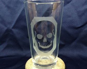 Skull etched glass