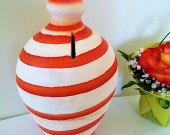 money bank,pottery,handmade,piggy bank,coin jar,clay,decorative,hand painted,handmade pottery