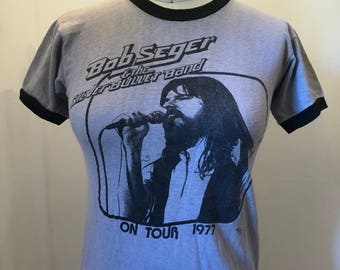 Vintage Bob Seger 1977 T-Shirt (Women's Small)