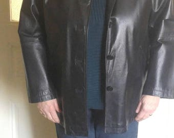 Beatiful quality black leather jacket, blazer style,  1990's, size 16