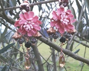 Buckle plum blossom