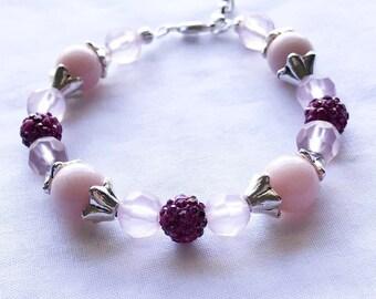 Pink beaded flower bracelet