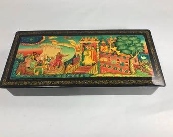 Exquisite Russian Laquered Miniture Painted Paper Mache Box