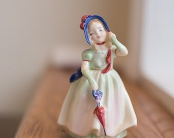 Royal Doulton Babie HN 1679