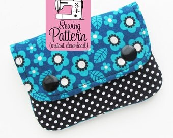 Two Pocket Wallet PDF Sewing Pattern | Beginner friendly sewing pattern to make a two pocket pouch to use as a minimalist wallet.