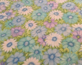 Vintage Flat Sheet, King Size Bed Sheet, Polyester Cotton, Sears Roebuck, 1970s Retro Bed Linens Fabric, Bedding, Blue Purple White Flowers