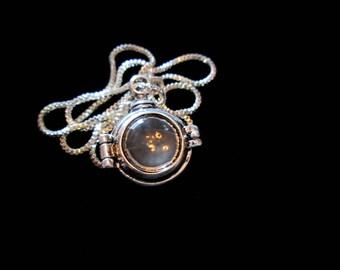 Steampunk Memories - Unisex Locket Necklace Silver