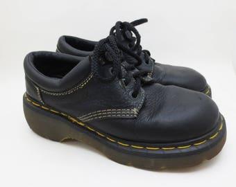 Vintage Dr Martens Oxfords UK Size 5 US Womens Size 7 Black Leather Platforms 9846 Made in England 90s