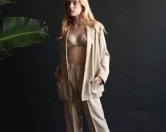 beige oversized woven blazer / oversized boyfriend blazer / 1980s minimalist long jacket / s / m / 2214o / B19