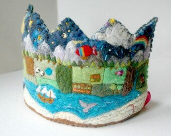 Storybook Birthday Crown: Custom Made Waldorf Inspired Book Lovers Wool Crown (Fairy Tale Crown for your Child's Birthday)