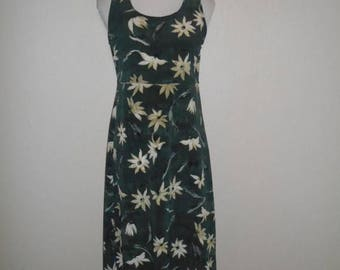 Closing Shop 40%off SALE 90s Vintage long floral dress