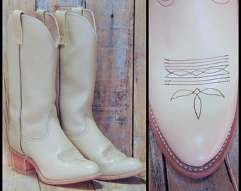 Creamy Brown Leather Boots, US 8 1/2 8.5, Uk 6.5, Eu 39, Womens Western Boots, USA MADE, Womens Leather Boots, High Heel Boots, Cowgirl Boot