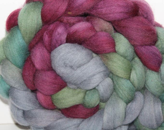 Handpainted  Merino Wool Top. Super fine. 19 micron  Soft and easy to spin. 4oz  Braid. Spin. Felt. Roving.M295