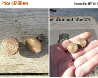 ON SALE Vintage Antique 1900 French golden metal round  cuff links