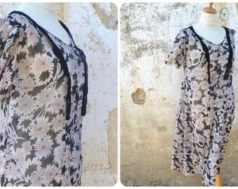 Vintage 1930/30s   French silk chiffon floral dress size L