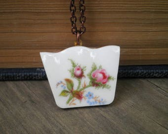 Pink Rose Broken China Jewelry -  Vintage Roses & Forget Me Not Flower Pattern Plate Pendant - Shabby Chic Retro Garden Charm Necklace Gift