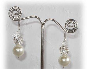 15% OFF Bliss Pearl Earrings
