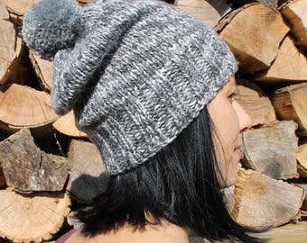 Classical gray hat, Bijoux Tricot, handknit, gray, tuque, winter, sport, unisex, one of a kind