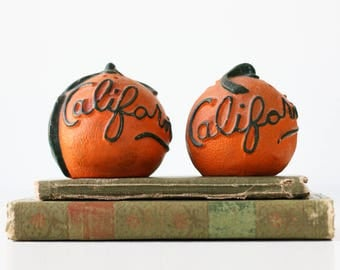 Vintage California Shaker Set - Oranges, Salt and Pepper, Kitsch Souvenir