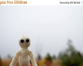 First Fall Sale - 15% Off Wee Ghostie Ghoul - Spooky Hand Knit Halloween Amigurumi. Primitive Handknit Rustic Small Doll. Five Inches Tall.