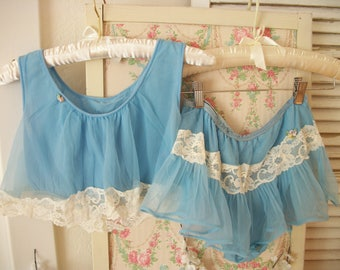 soft blue vintage true baby doll nightie, bralet top and skirted pantie, soft, sheer chiffon nylon, ivory lace, 1960s babydoll set