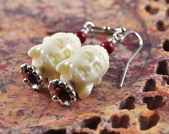 Buddha earrings | Siddhartha earrings | white Buddha earrings | Buddha bead earrings