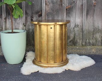 Floretine Gilted Wood Round Side Table Nightstand