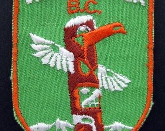Small VANCOUVER BC Canada souvenir travel patch embroidered sew on Crest patch vintage
